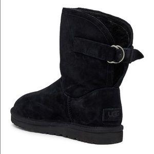UGG Remora boots